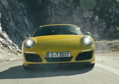 The new 911 Carrera T. Revival of a puristic driving concept